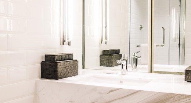 Få epoxy gulv på badeværelset